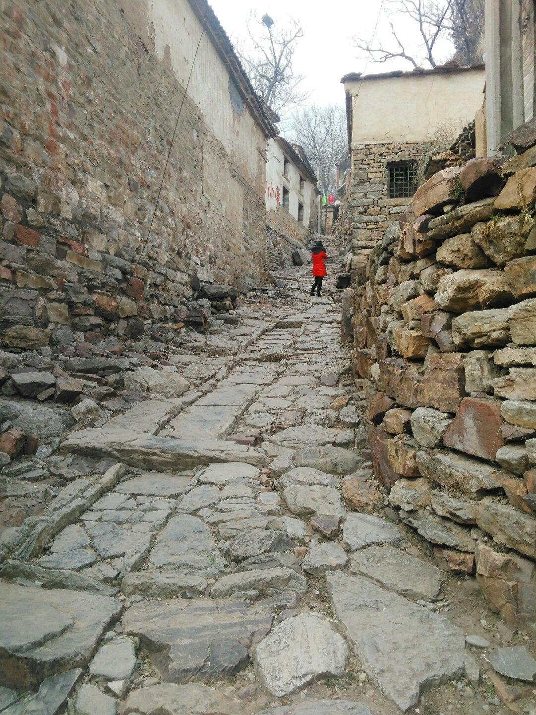 河南省安阳市林州市001乡道靠近皇后村天气预报图片