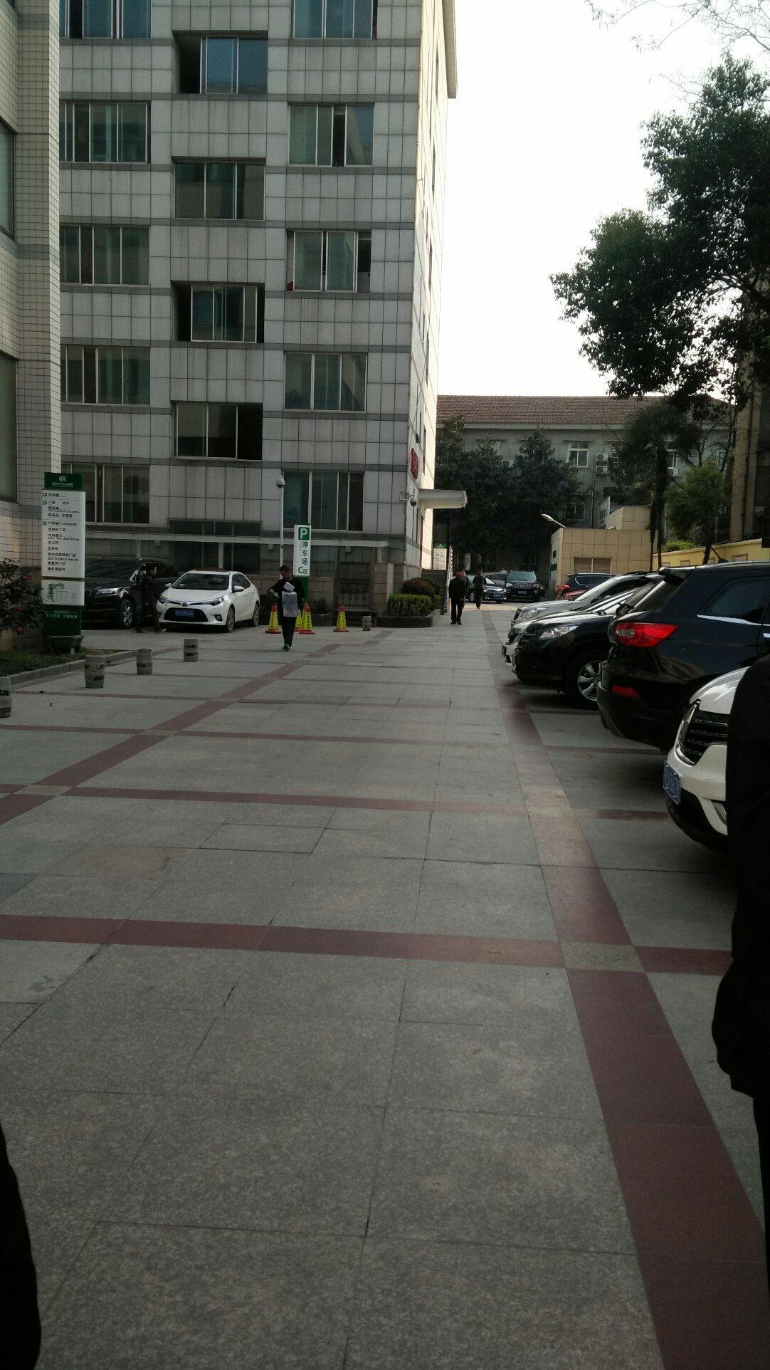 湖北省荆州市荆州区人民路靠近荆州市中心医院内科楼天气预报