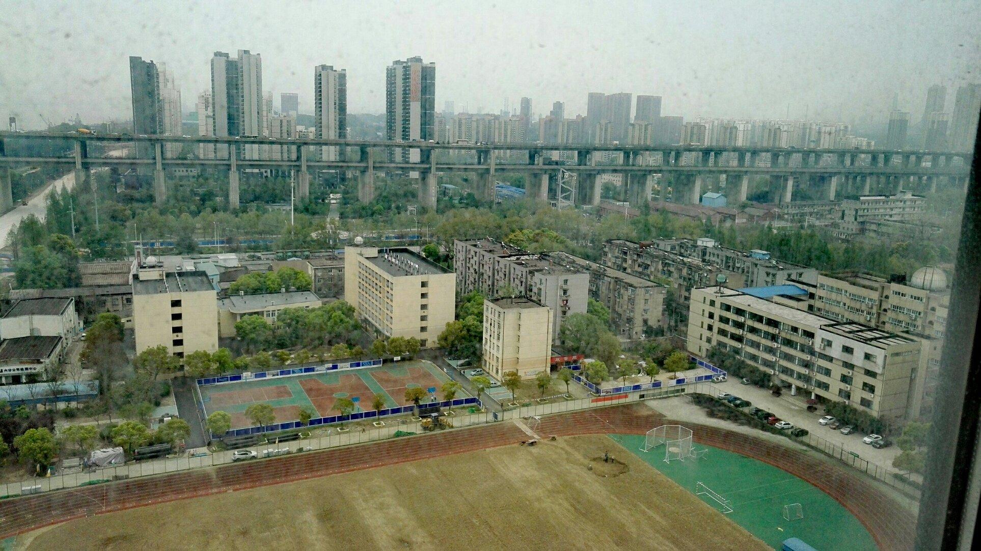 湖北省武汉市高中高中第49男生天气预报中学重点露丁照图片