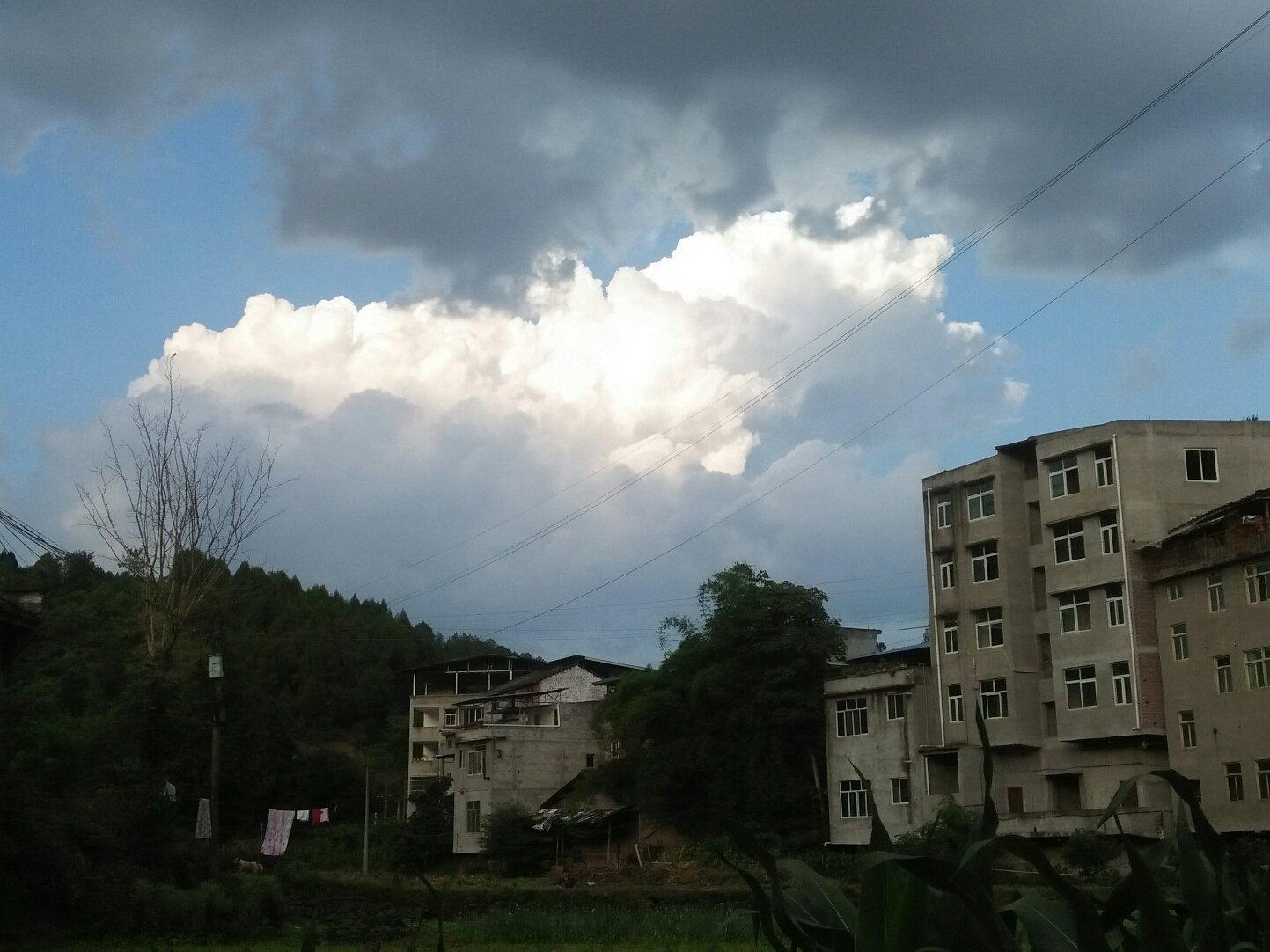 四川省绵阳市三台县盐三路靠近秋林镇中学天气预报图片
