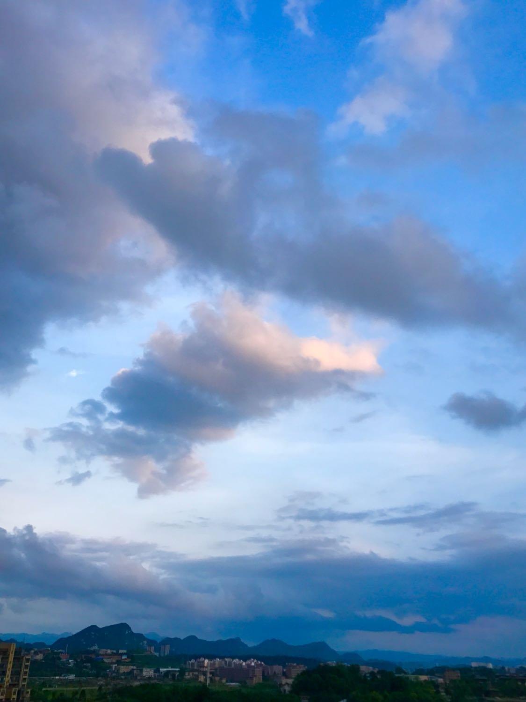 贵阳市花溪区明珠高中_溪湖卧龙分享_额头时景_v明珠天气大道分图片