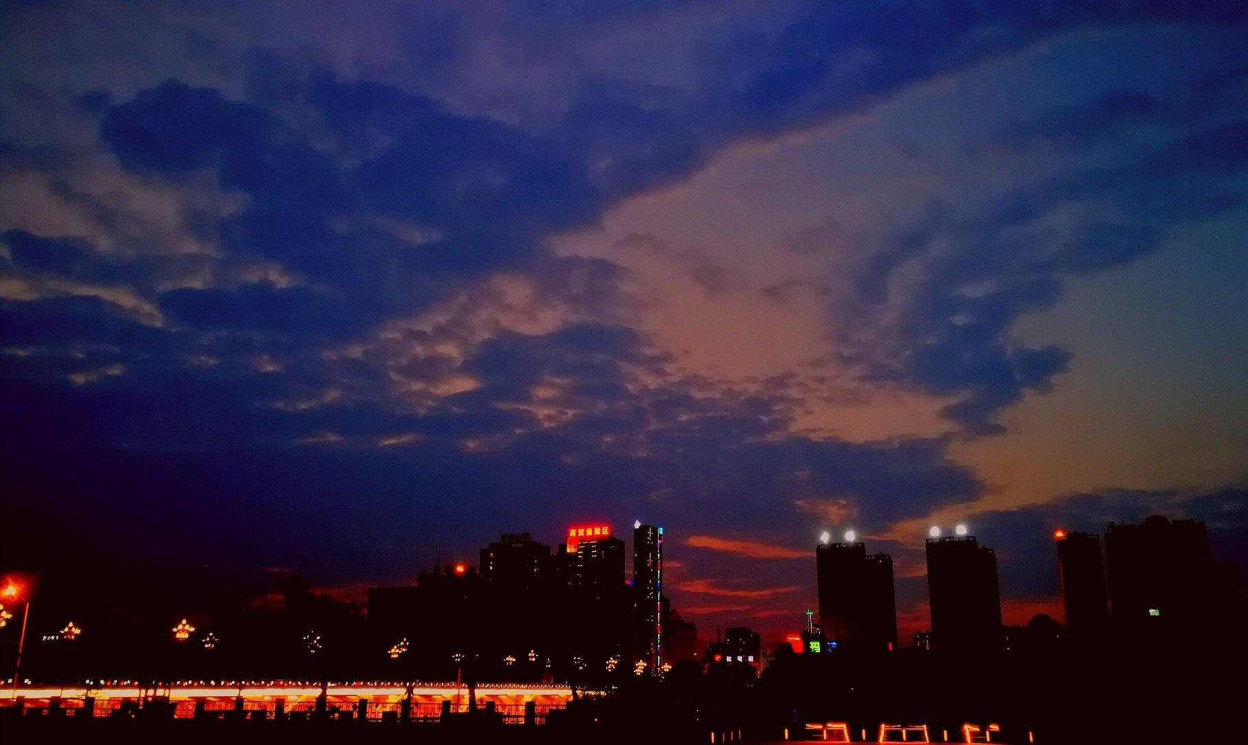 辽宁抚顺天_辽宁省抚顺市新抚区东公园街道抚顺友谊宾馆_一木/ e9