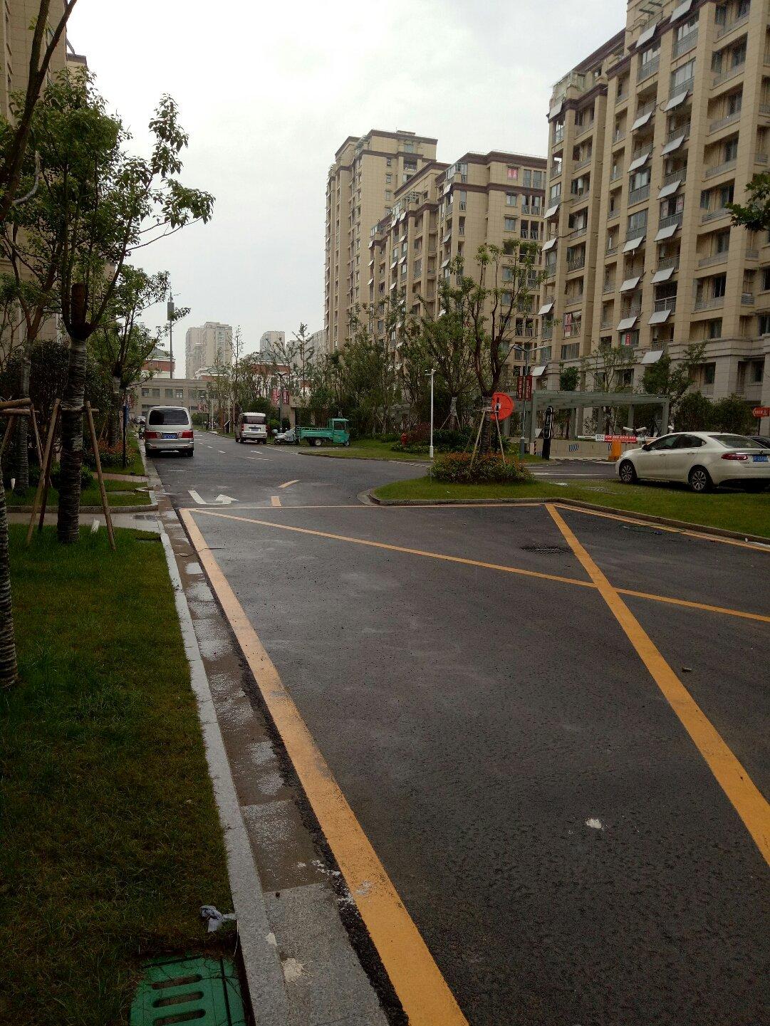 江苏省南通市如东县通海路靠近如东县人民检察院反贪污贿赂局