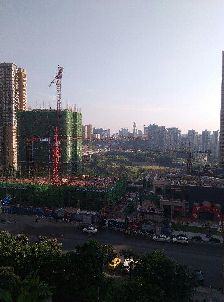 重庆市九龙坡区盘龙路靠近中国邮政储蓄银行(蟠龙大道支行)天气预报