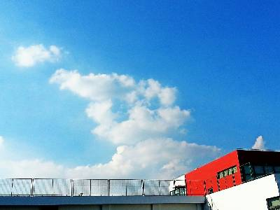 #城事# 多云,34℃,东北风1级。