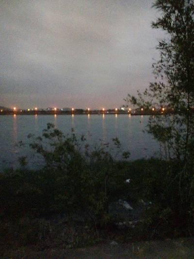 #镜头里的夜间万象#广州市,阴,18℃,北风2级。