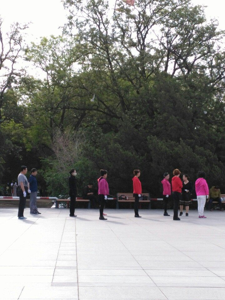 辽宁省锦州市凌河区重庆路靠近辽沈战役纪念馆天气预报