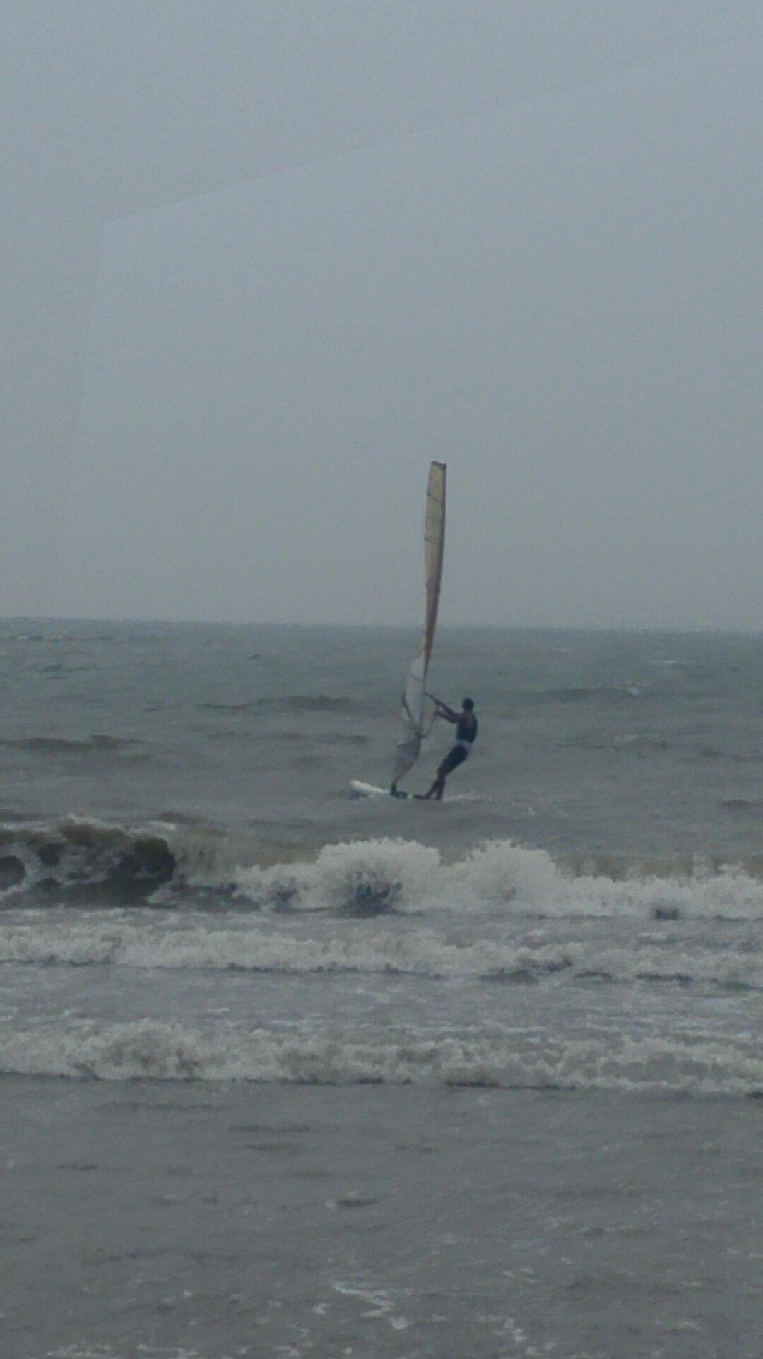 海南省海口市秀英区长流镇滨海大道假日海滩旅游区天气预报