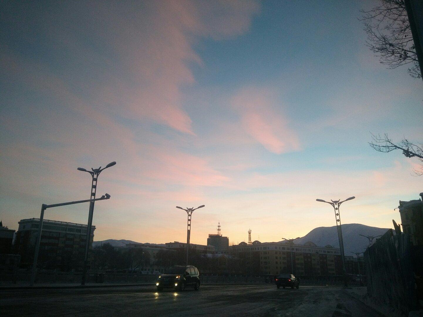 新疆维吾尔自治区阿勒泰地区阿勒泰市公园路靠近阿勒泰市环境卫生管理队天气预报