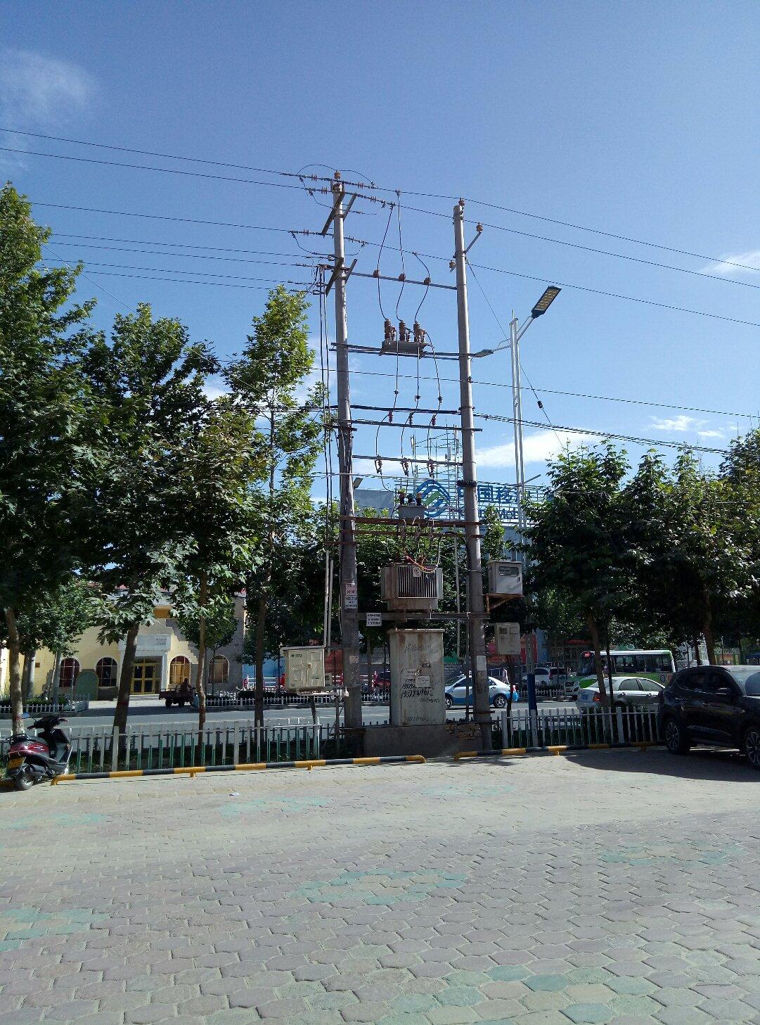 新疆维吾尔自治区和田地区策勒县英巴扎东路靠近策勒县国家税务局天气预报