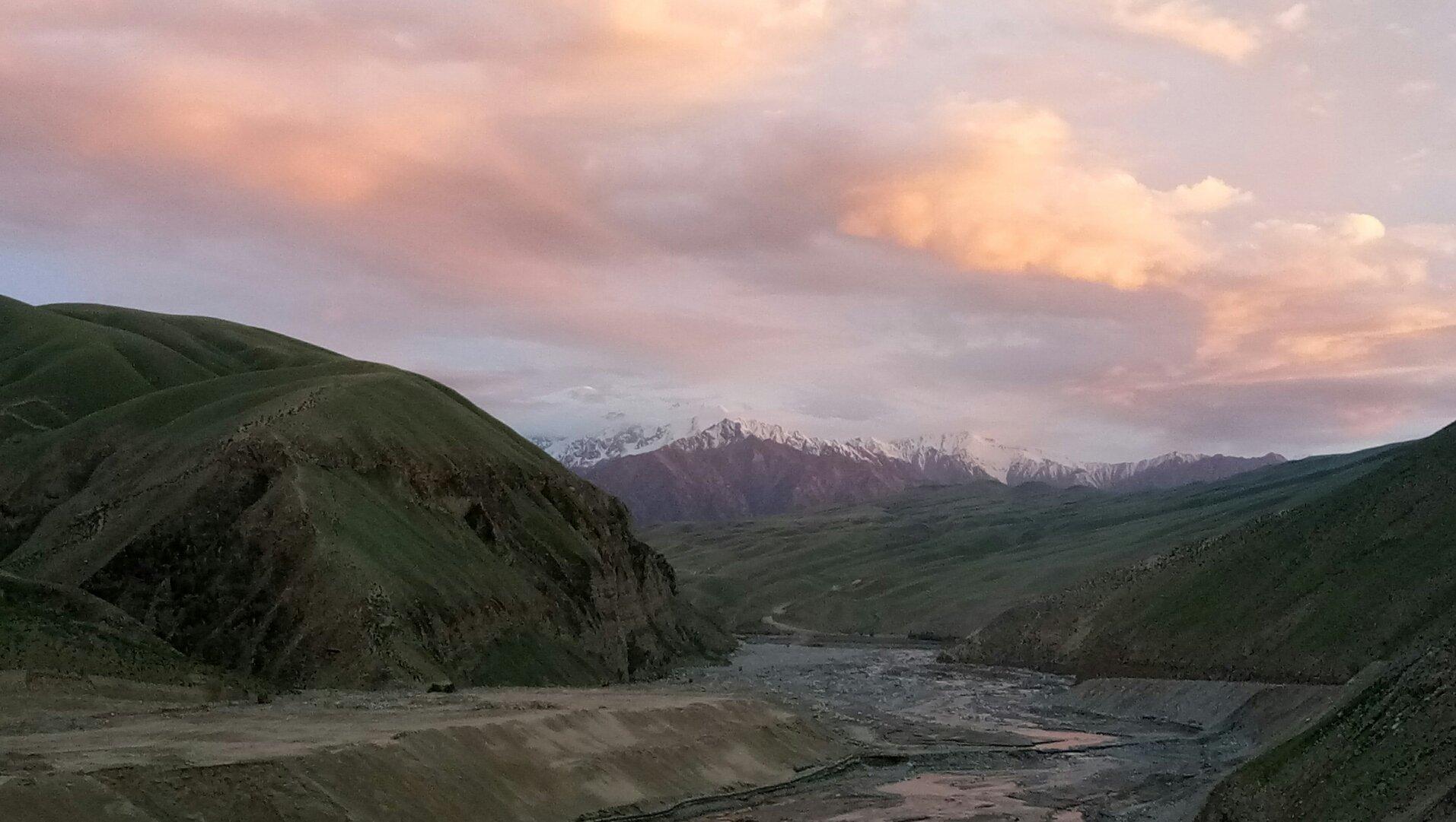 新疆维吾尔自治区和田地区策勒县奴尔乡天气预报