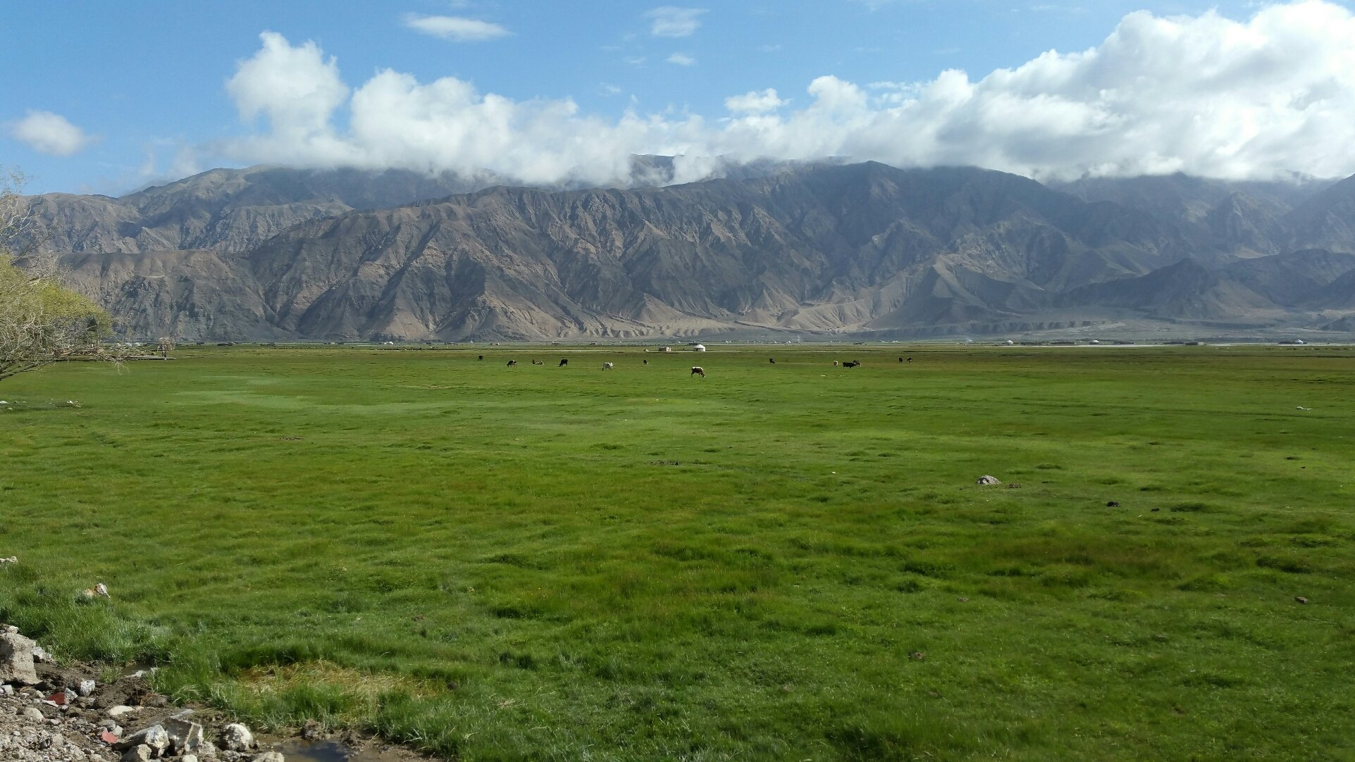 新疆维吾尔自治区喀什地区塔什库尔干塔吉克自治县慕士塔格路85号靠近塔什库尔干塔吉克自治县博物馆天气预报
