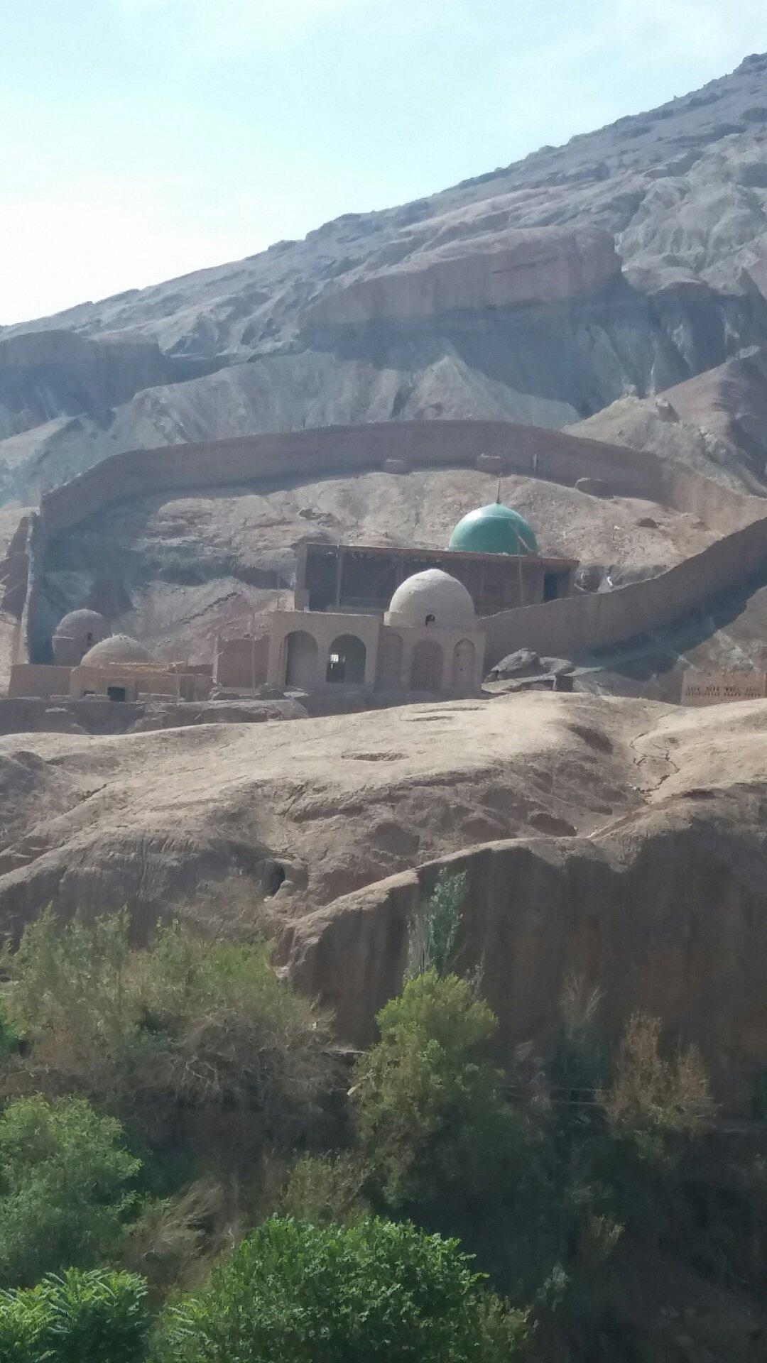 新疆维吾尔自治区吐鲁番市鄯善县吐峪沟乡065县道天气预报