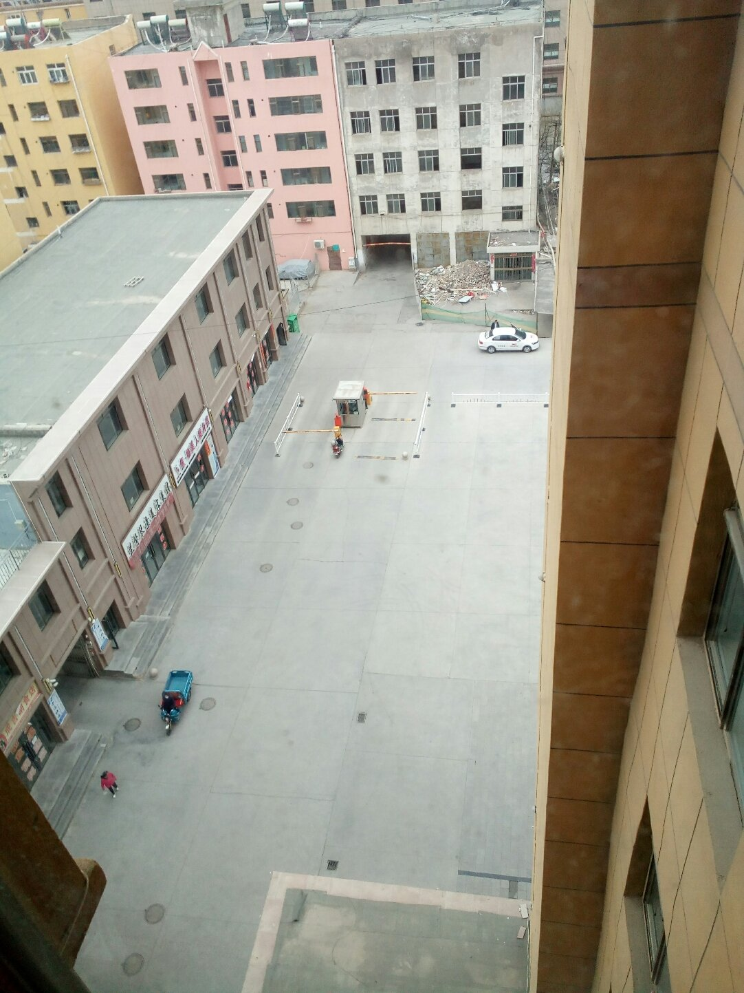 甘肃省张掖市山丹县仓坊街靠近山丹县公路运输管理所天气预报