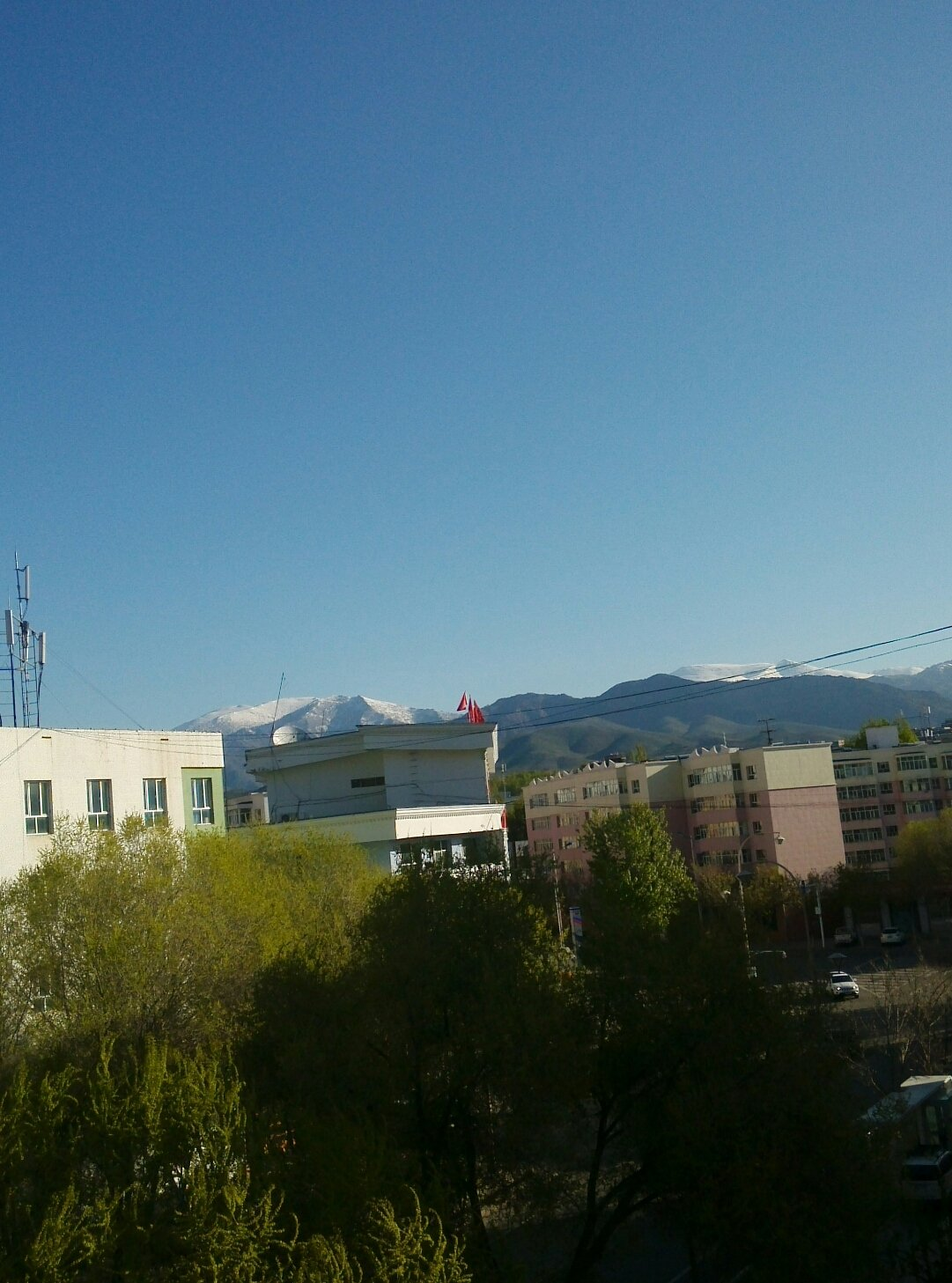 新疆维吾尔自治区阿勒泰地区阿勒泰市金山路街道公园路天气预报