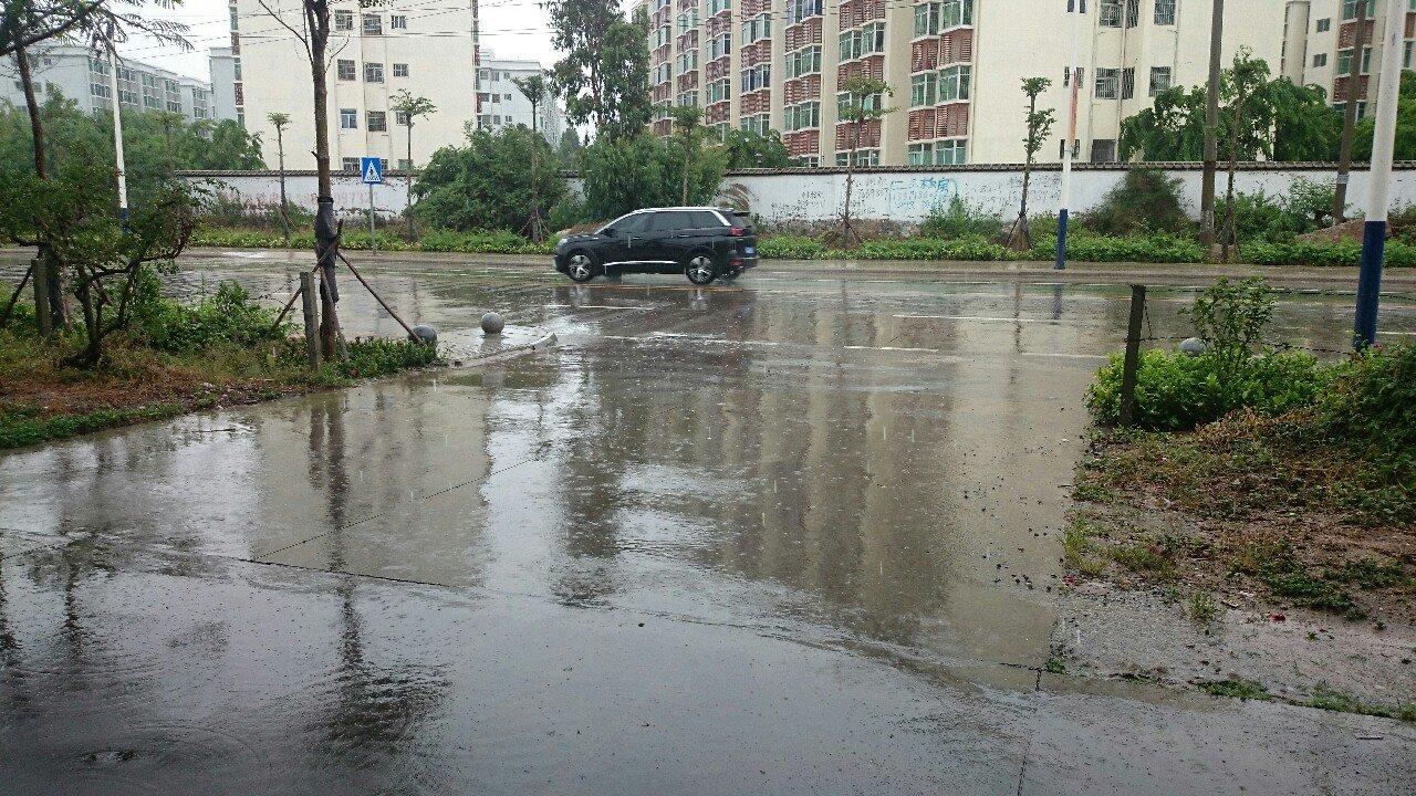海南省东方市八所镇的的天气预报