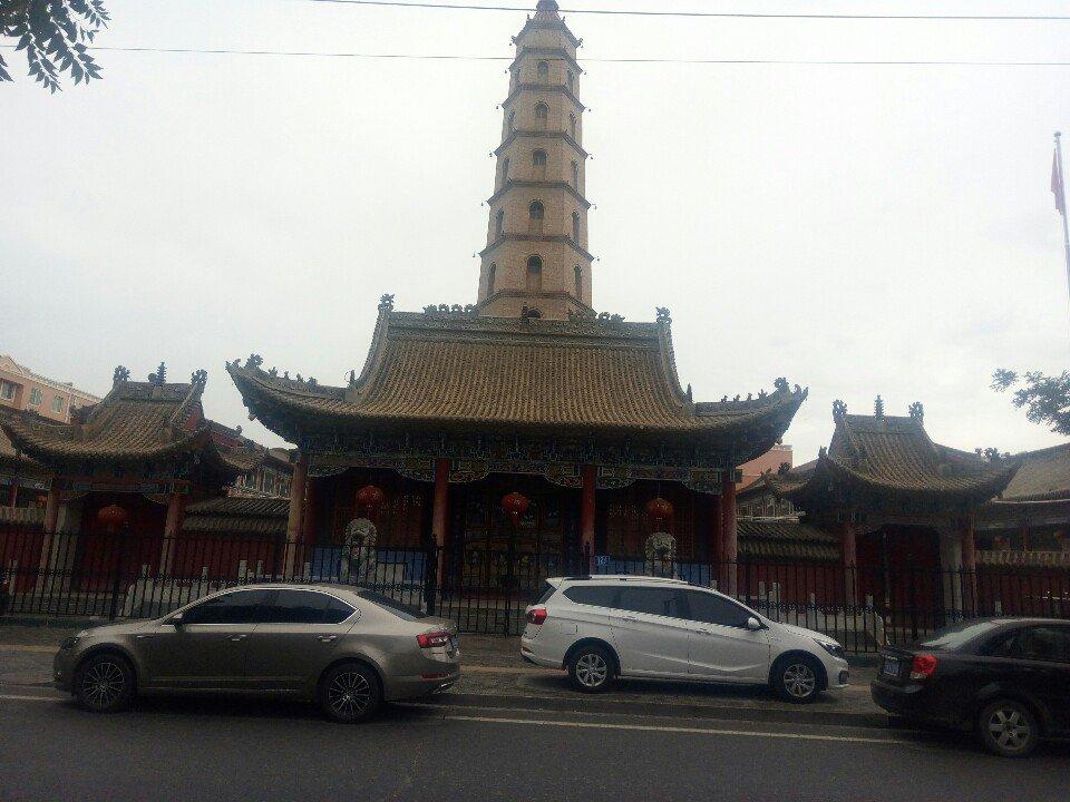 宁夏回族自治区吴忠市利通区吴灵东路靠近谦益名邸天气预报
