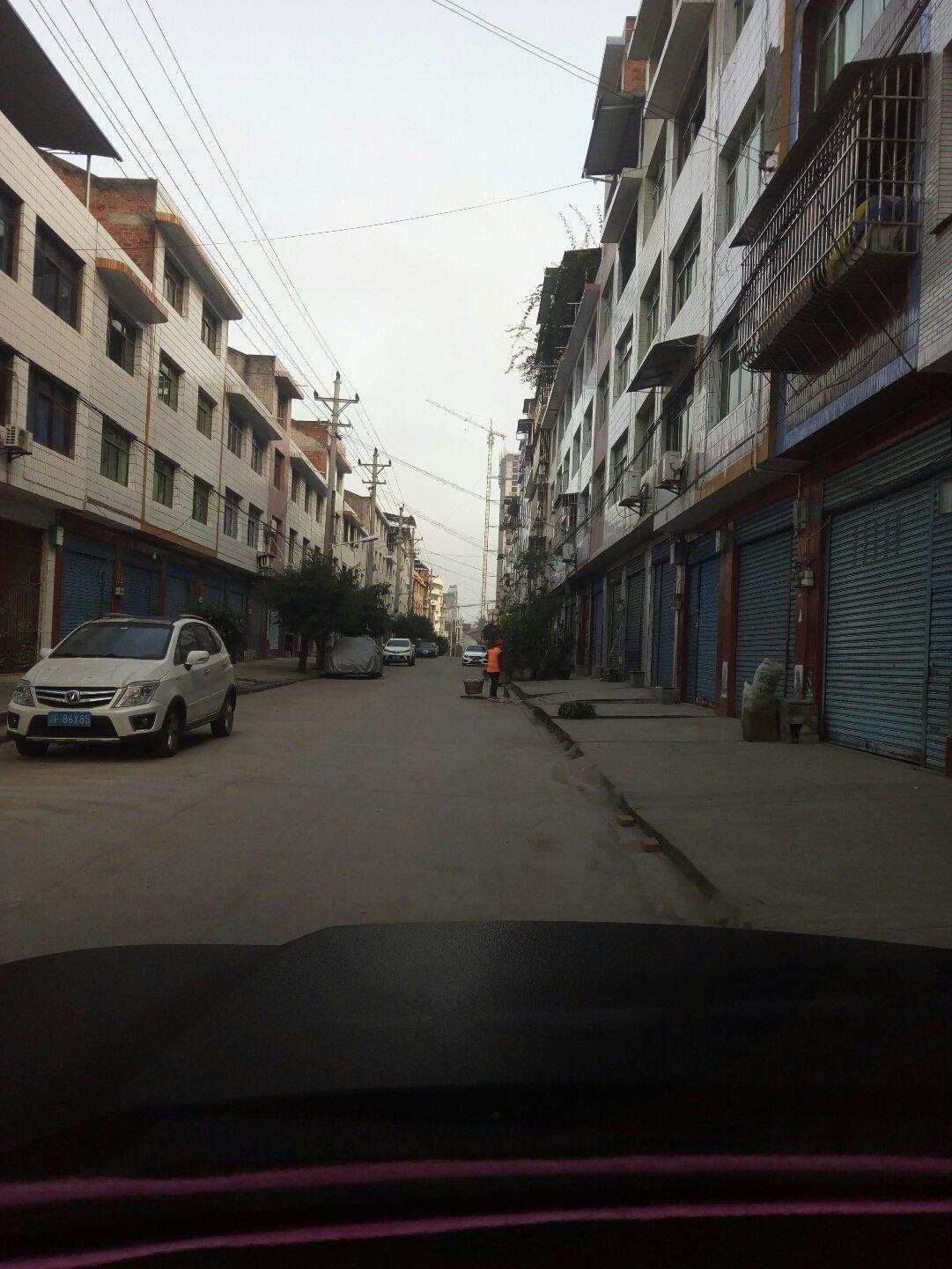 重庆市石柱土家族自治县衙门路靠近中国农业银行(西沱营业所)天气预报