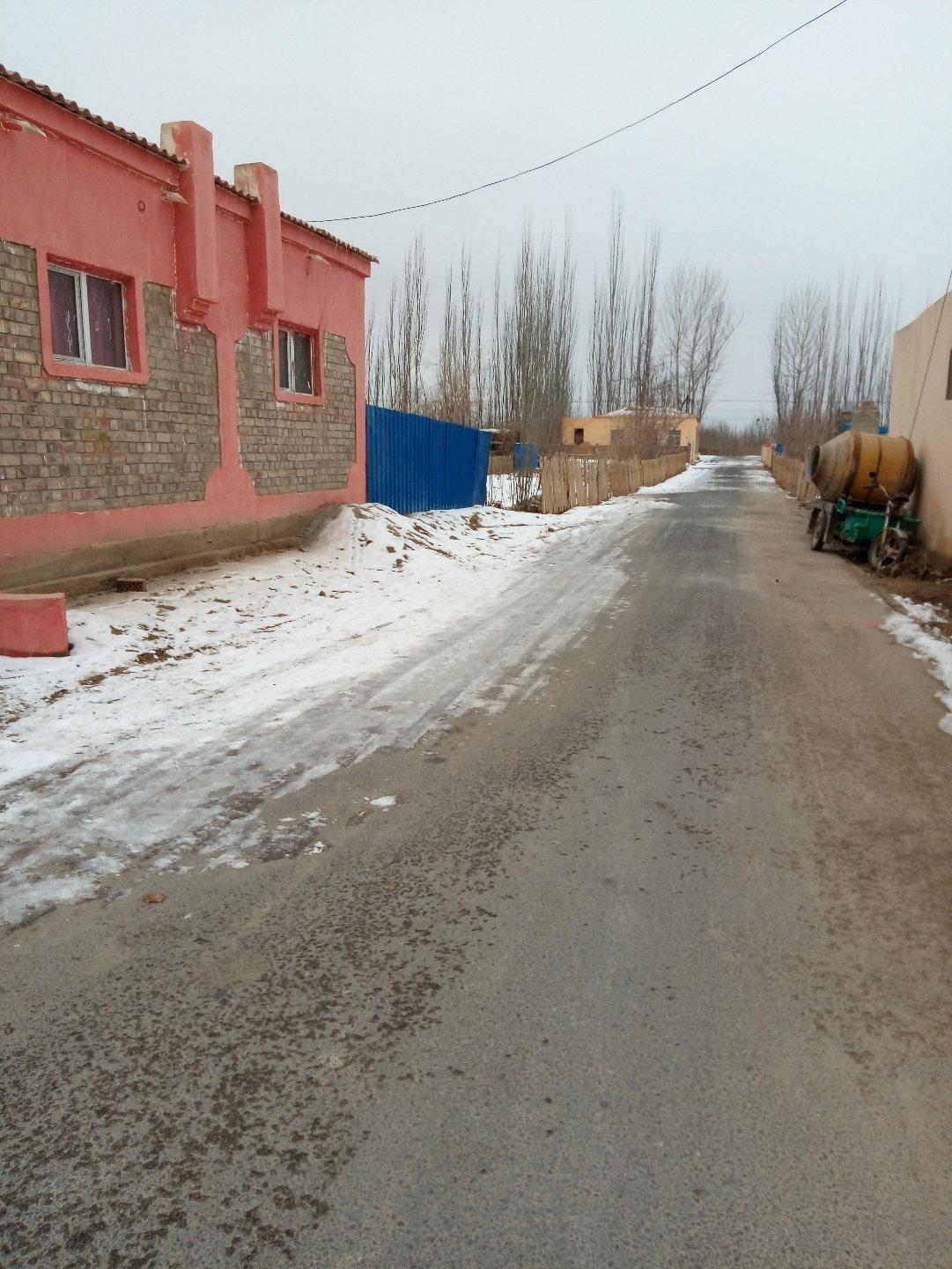 新疆维吾尔自治区和田地区策勒县靠近普那克村天气预报