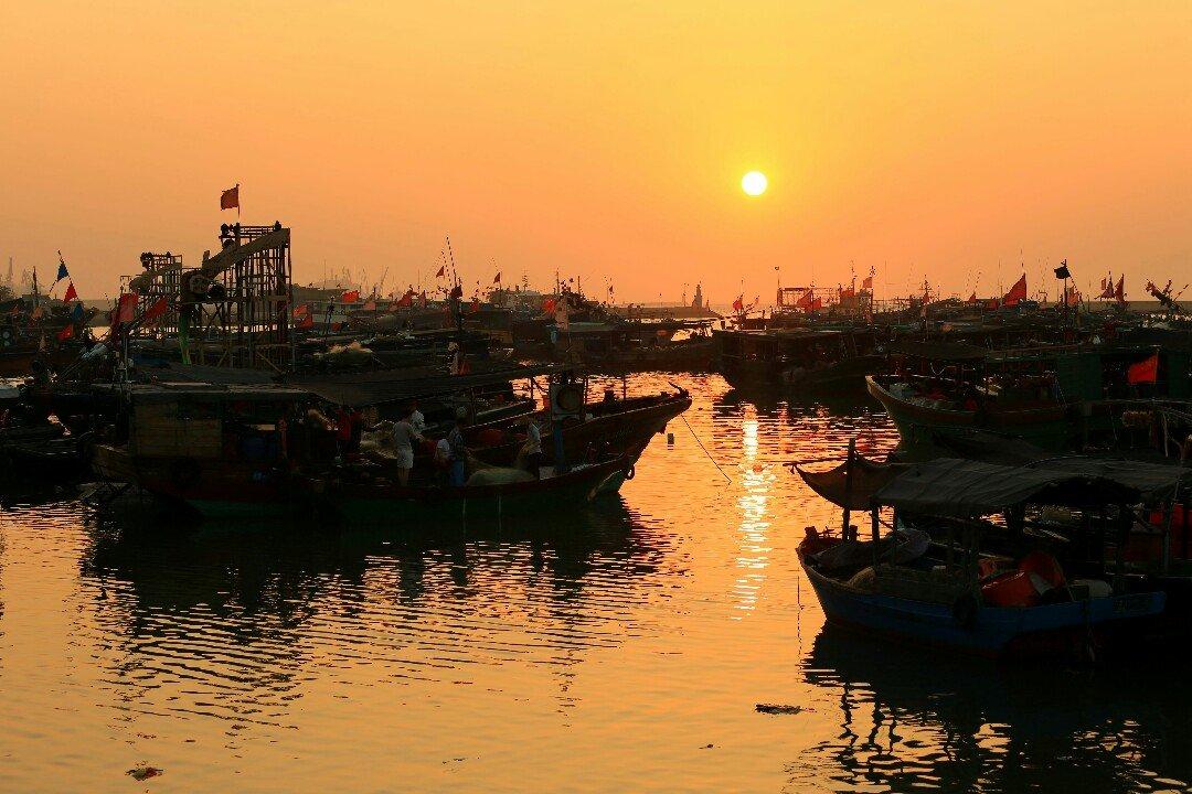 海南省东方市八所镇渔港码头附近天气预报