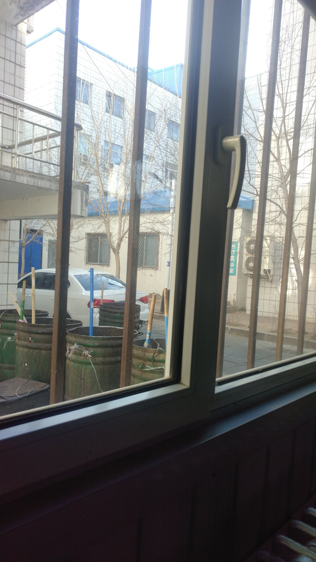 黑龙江省大庆市让胡路区爱国路靠近昆仑集团(爱国路)天气预报