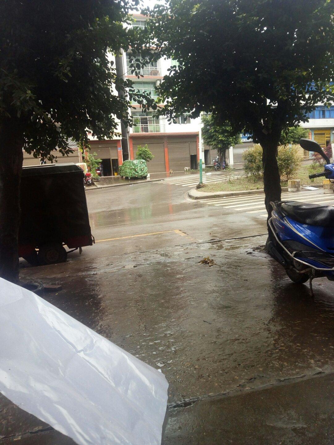 重庆市石柱土家族自治县990县道靠近专业摩托维修天气预报